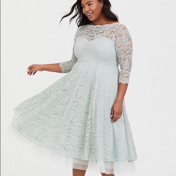 torrid Dresses & Skirts - TORRID NWT 20 MINT GREEN LACE DRESS